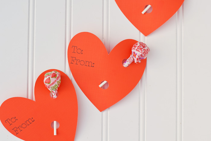 Easy Heart Lollipop Holder Valentines with Cricut Explore Air and card stock