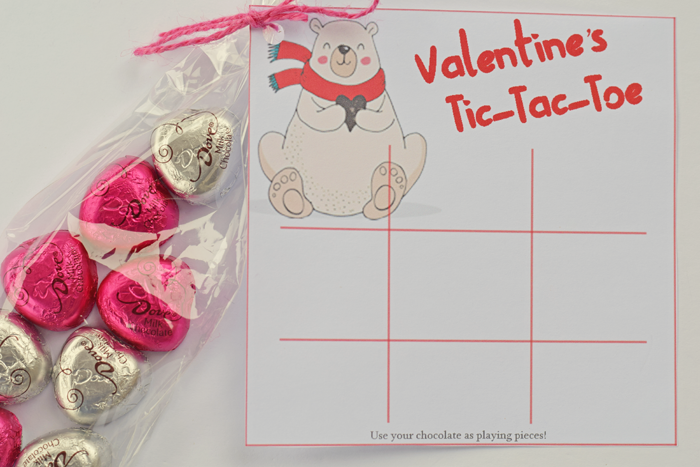 Valentine's Day Tic Tac Toe Free Printable AD