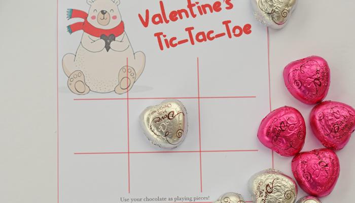 Valentine's Day Tic Tac Toe Free Printable AD