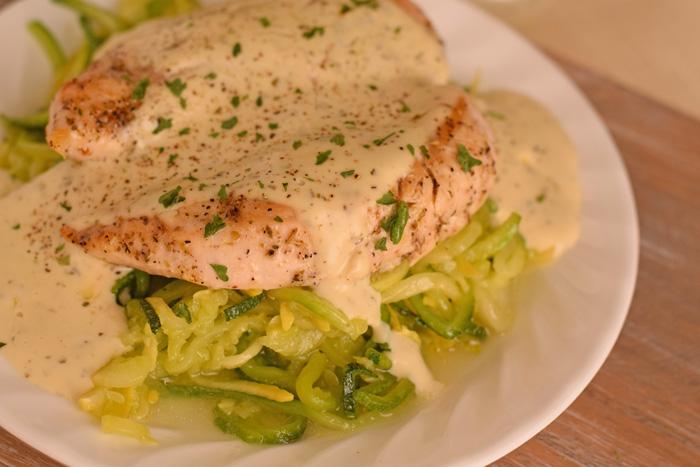 Creamy Chicken Alfredo with Zucchini and Squash Noodles Creamy Chicken Alfredo with Zucchini and Squash Noodles recipe AD