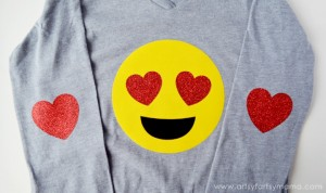 Heart Emoji Shirt from Artsy Fartsy Mama