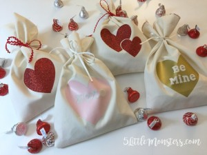 Easy Valentine's Treat Bags from 5 Little Monsters