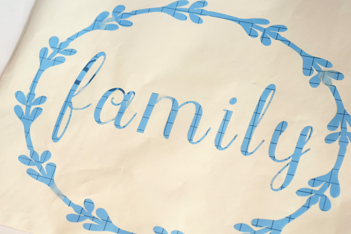 DIY Family Sign for a gallery wall made with the Cricut Explore Air 2