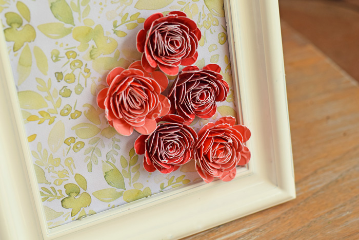 Rolled Flower Decor with Cricut AD