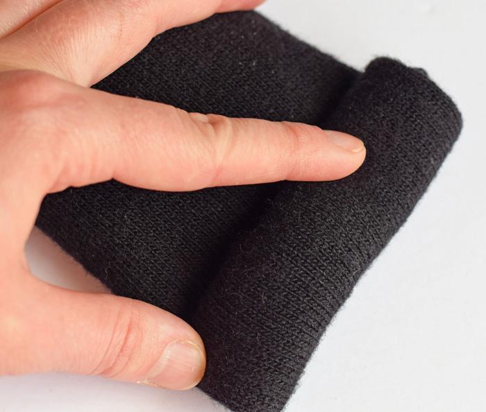 DIY Aromatherapy Sock Neck Pillow AD