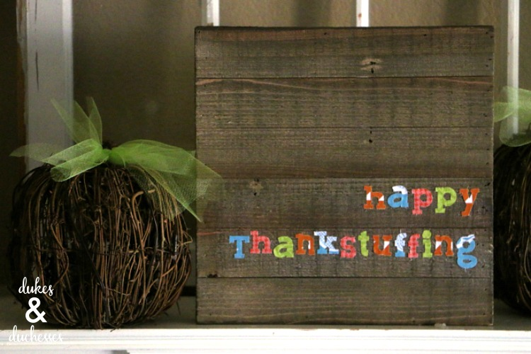 Thanksgiving Decor Sign made with Cricut