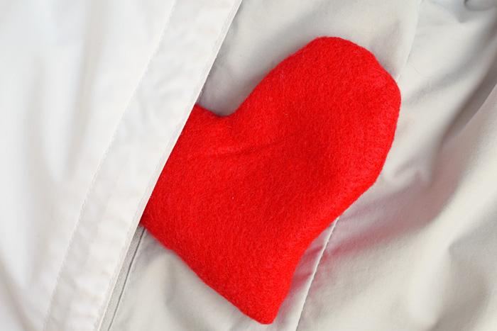 Felt Heart Hand Warmers with Free Teacher Printable