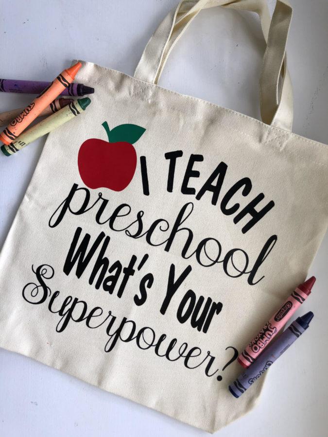 Top Ten Teacher Christmas Gift Ideas (written by a TEACHER!) |Preschool Teacher Gifts Books