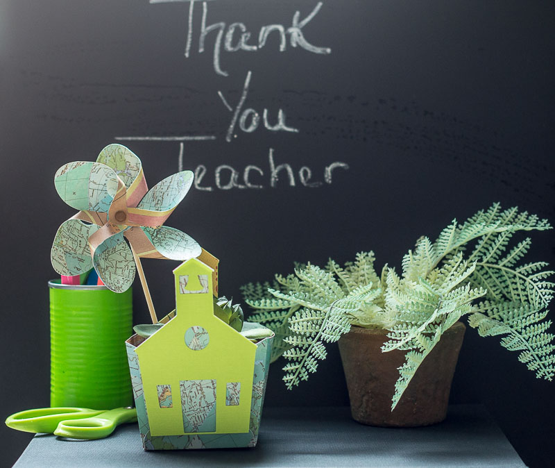 Teacher Appreciation Mini Gift Box made with the Cricut