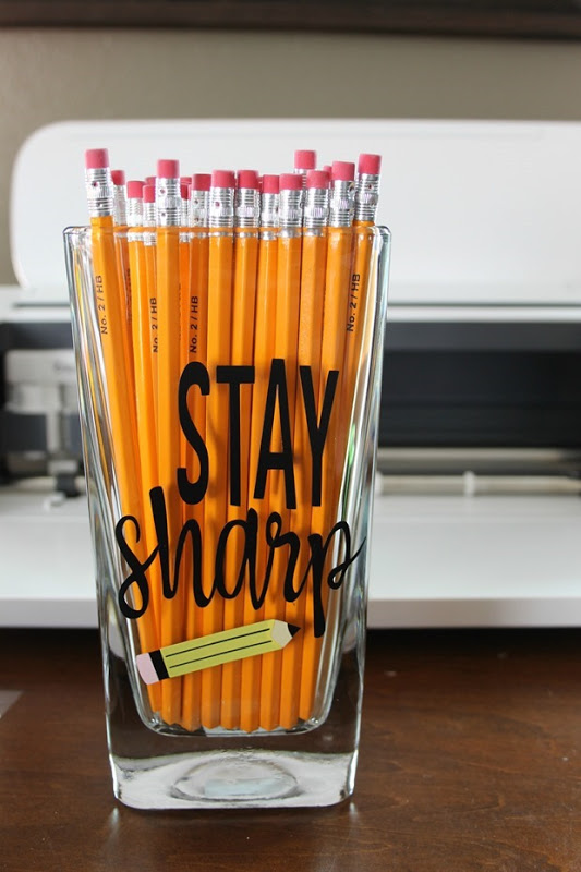 Teacher Appreciation Pencil Cup idea made with the Cricut