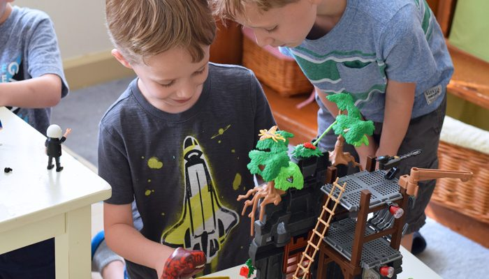 5 Ways that Group Play Benefits Kids AD
