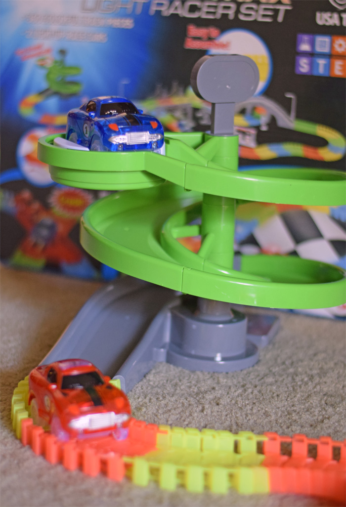 USA Toys Snap N' Glow in the Dark Race Track Gift Idea AD