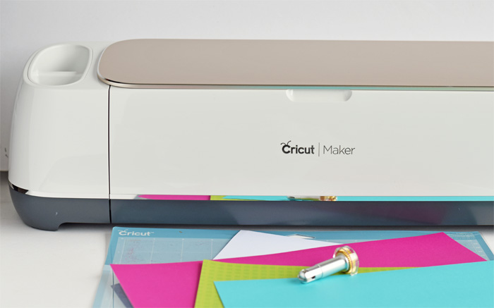 Making a Pop-Up Card with the Cricut Scoring Wheel AD