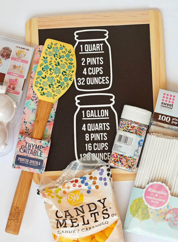DIY Kitchen Measurement Reversible Sign made with the Cricut + Baker's Raffle Basket Ideas