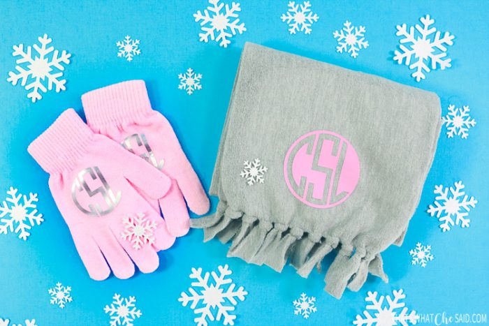 Personalized Scarf and Gloves Gift Idea made with the Cricut machine