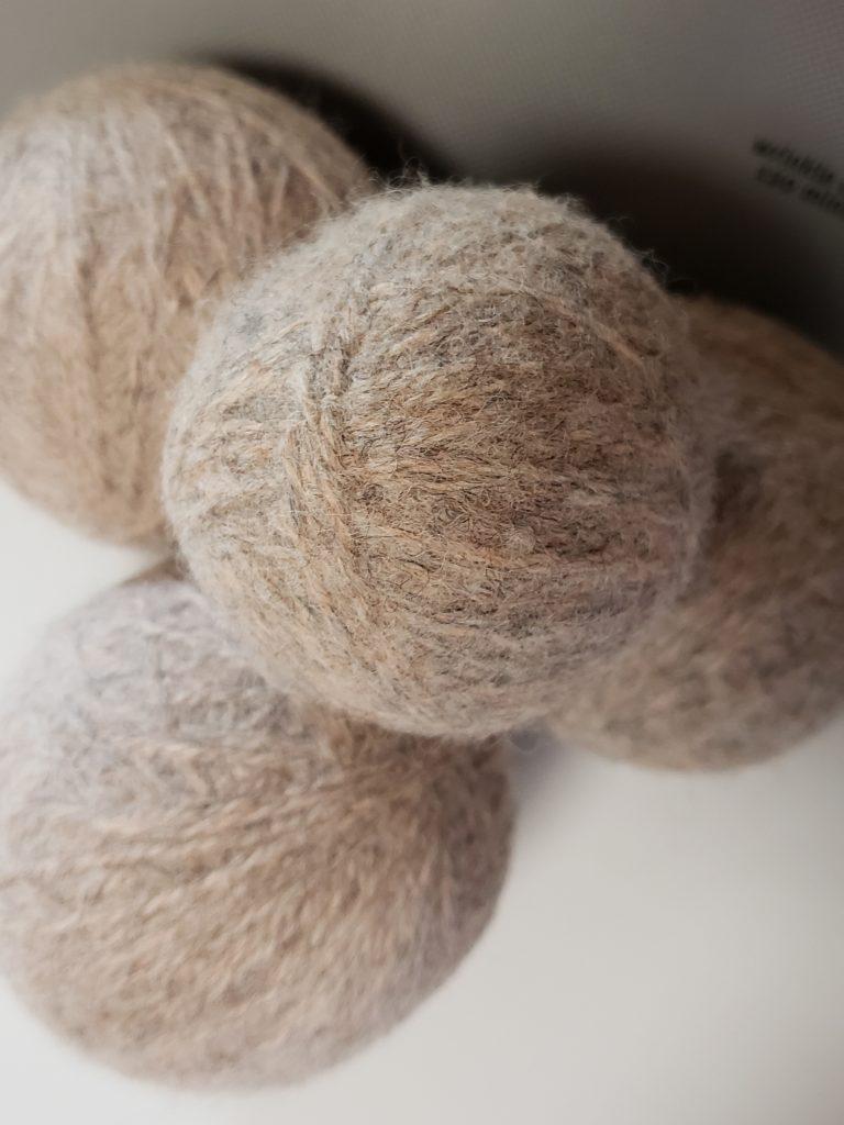 10 ways to make felted dryer balls