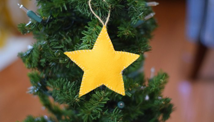 How to make a Stuffed Felt Star Ornament